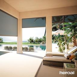 Relaxing without having a bad conscience is allowed on international We enjoy the day by the pool, well-protected by our retractable sun screens.🔆🌴 ⠀⠀⠀⠀⠀⠀⠀
