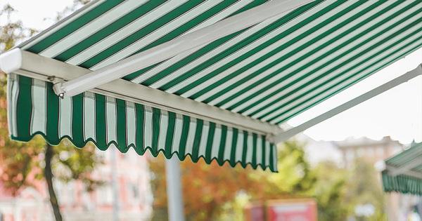 Pergola nebo markýza jako ideální zastřešení letních zahrádek restaurací