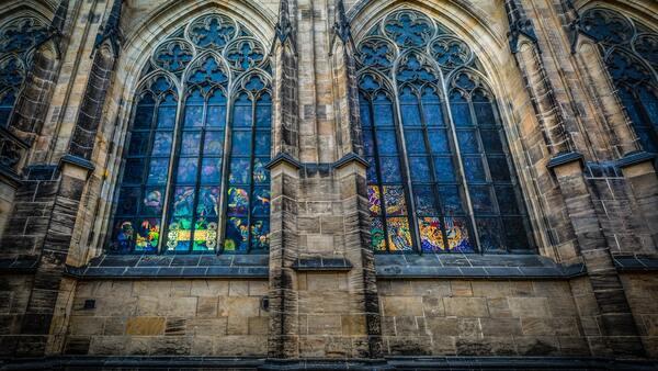 Okna dle slohů a architektury