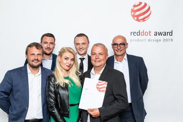 RED DOT AWARD 2019 - předávaní světového ocenění za dveřní systém MUTEO