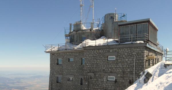 Chráníme observatoř na vrcholku Lomnického štítu – RI OKNA