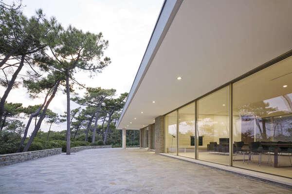 SKY-FRAME - bezrámová okna od H&M