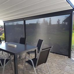 Čelní rolety ZIP screen na pergole Eva.⠀ více na www.atypy.cz nebo +420 774 66 33 22⠀