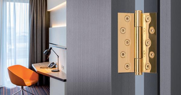 Normy pro výběr správného objektového dveřního závěsu