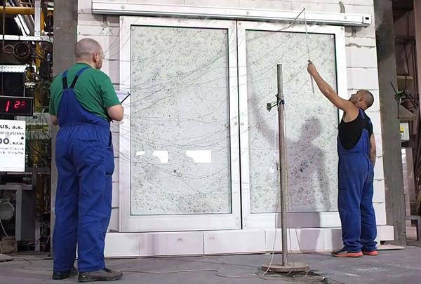 Automatické dveře TRIDO získaly certifikát na požární odolnost