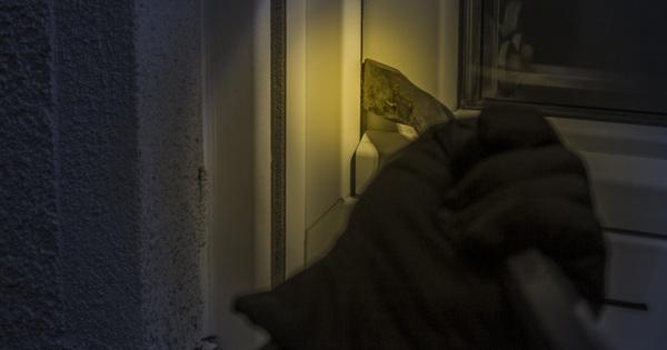 Skrytý nezávislý okenní alarm – FalzAlarm