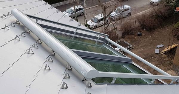 Montáž stínění střešních oken